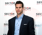 1329328505_kris-humphries-article
