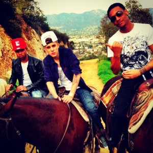 justin-bieber-horse-riding-day-with-lil-twist-and-lil-za
