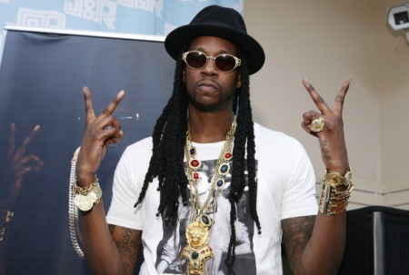 """2 Chainz Signs Copies Of """"Based On A T.R.U Story"""""""